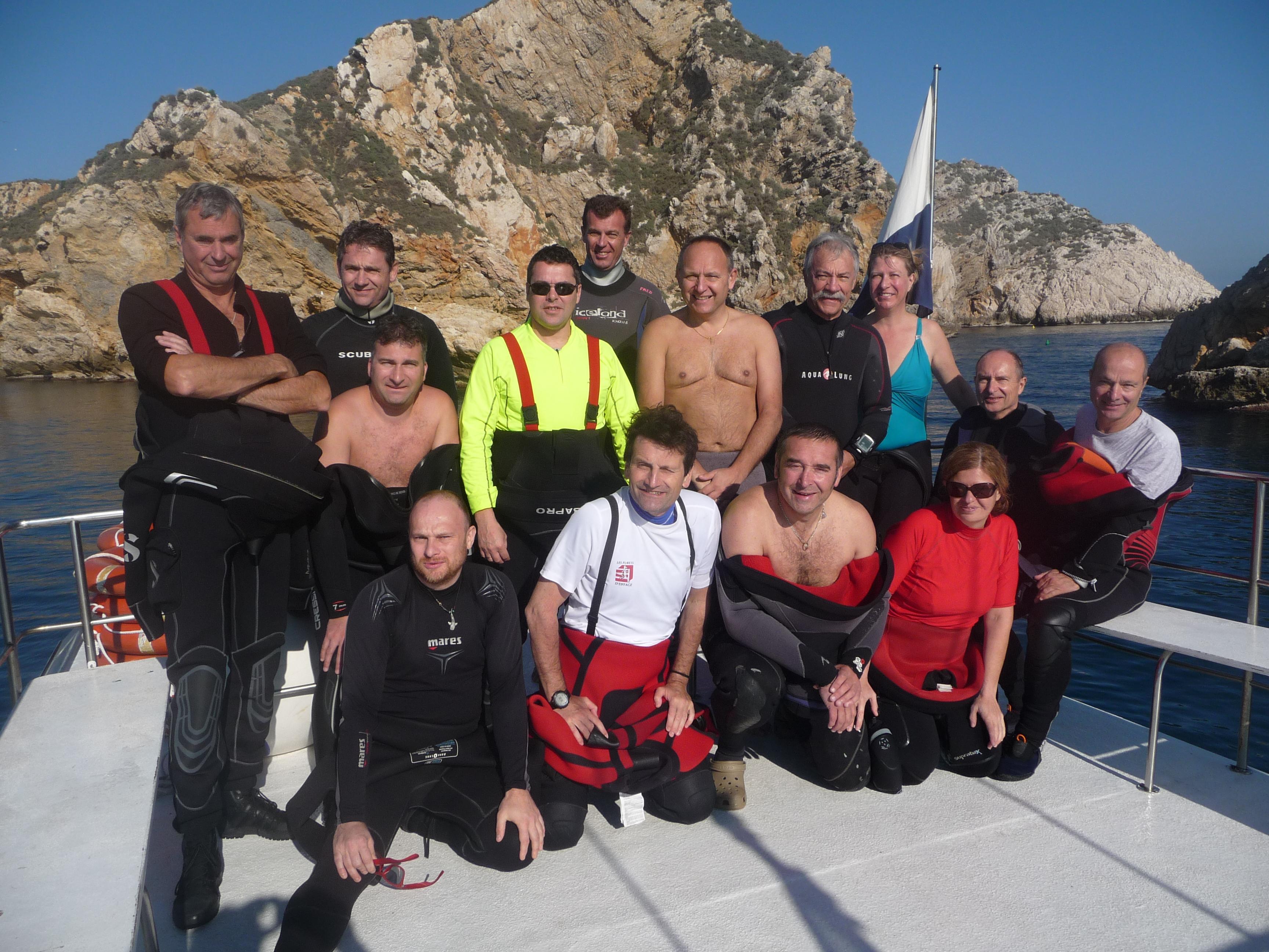 Groupe aux iles Mèdes depuis le bateau